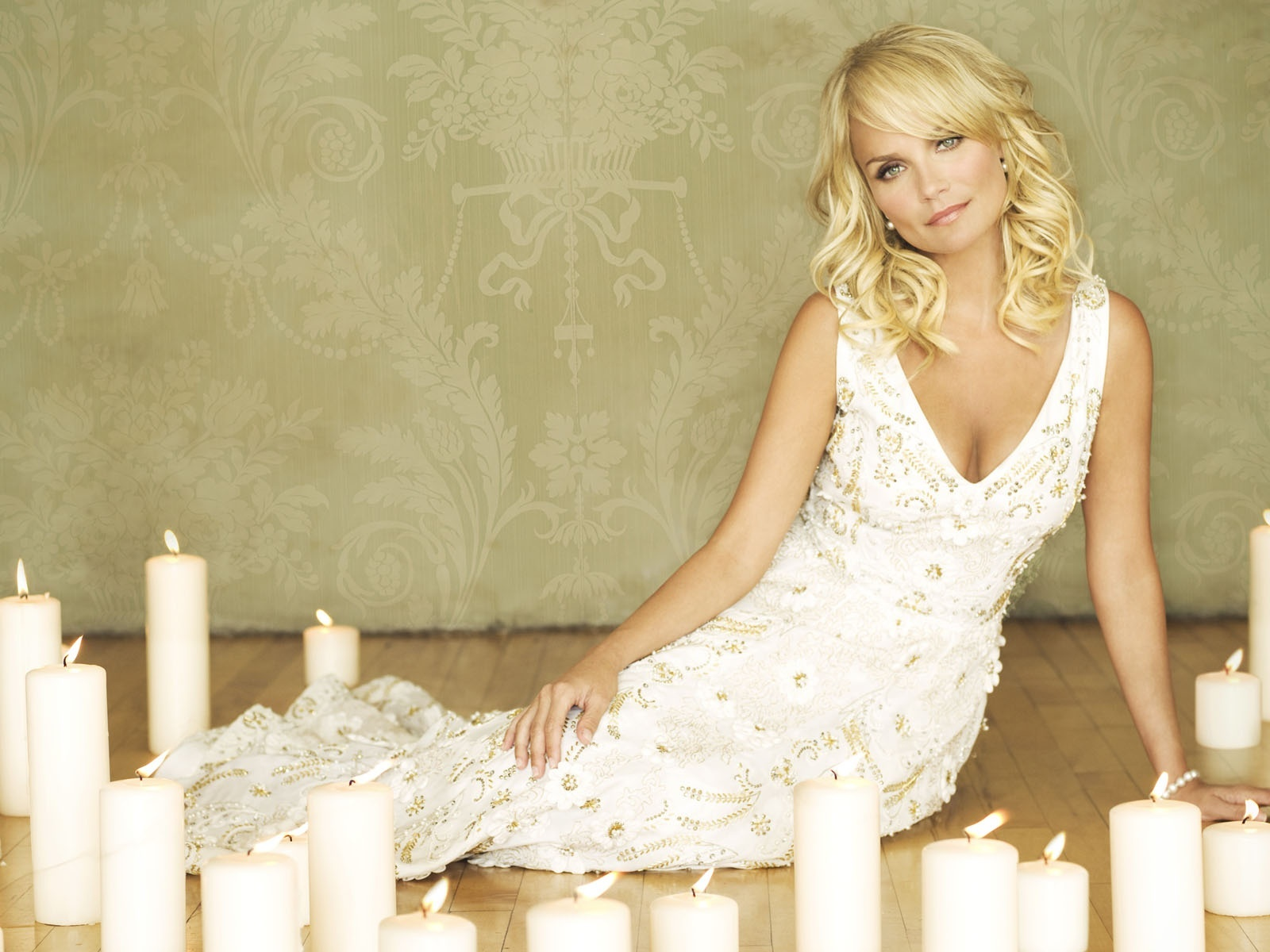 click to free download the wallpaper--Beautiful Photos of TV Show, Kristin Chenoweth in White Dress, Canbles All Over Her 1600X1200 free wallpaper download
