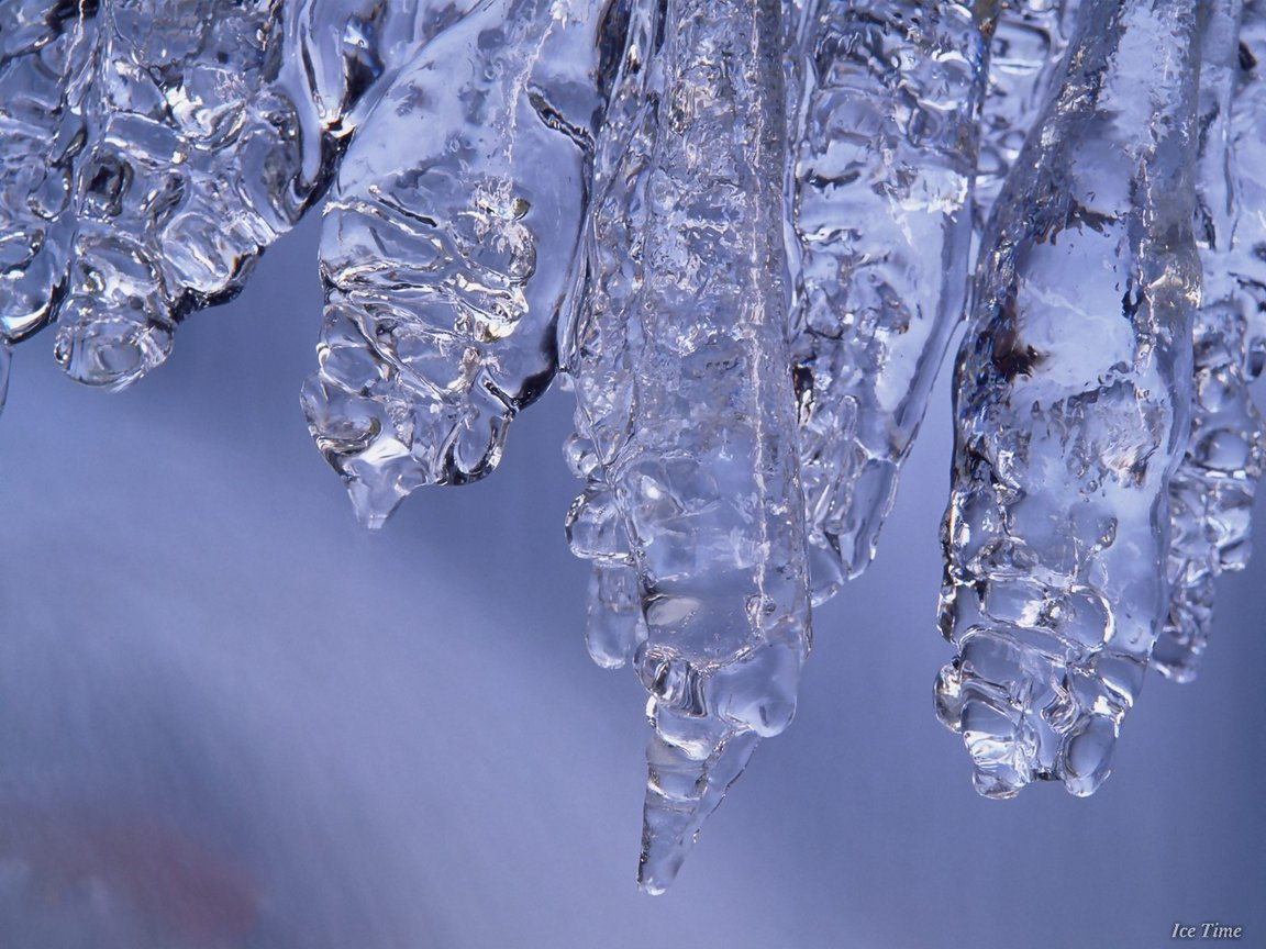 click to free download the wallpaper--Images of Natural Landscape, Long and Crystal Clear Ice, Take Long to Melt