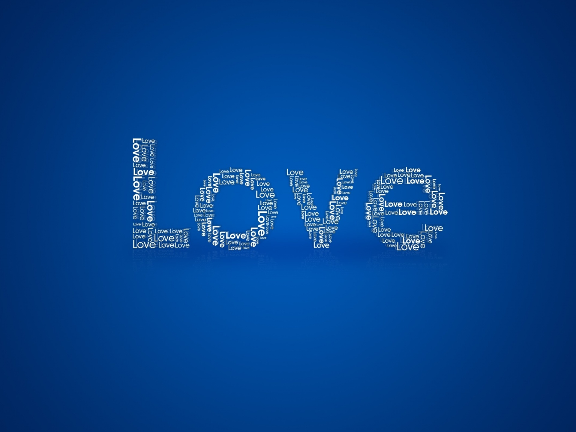 click to free download the wallpaper--Lovely Wallpaper, a Full Eye of Love, Apparently the Keyword, Blue Background