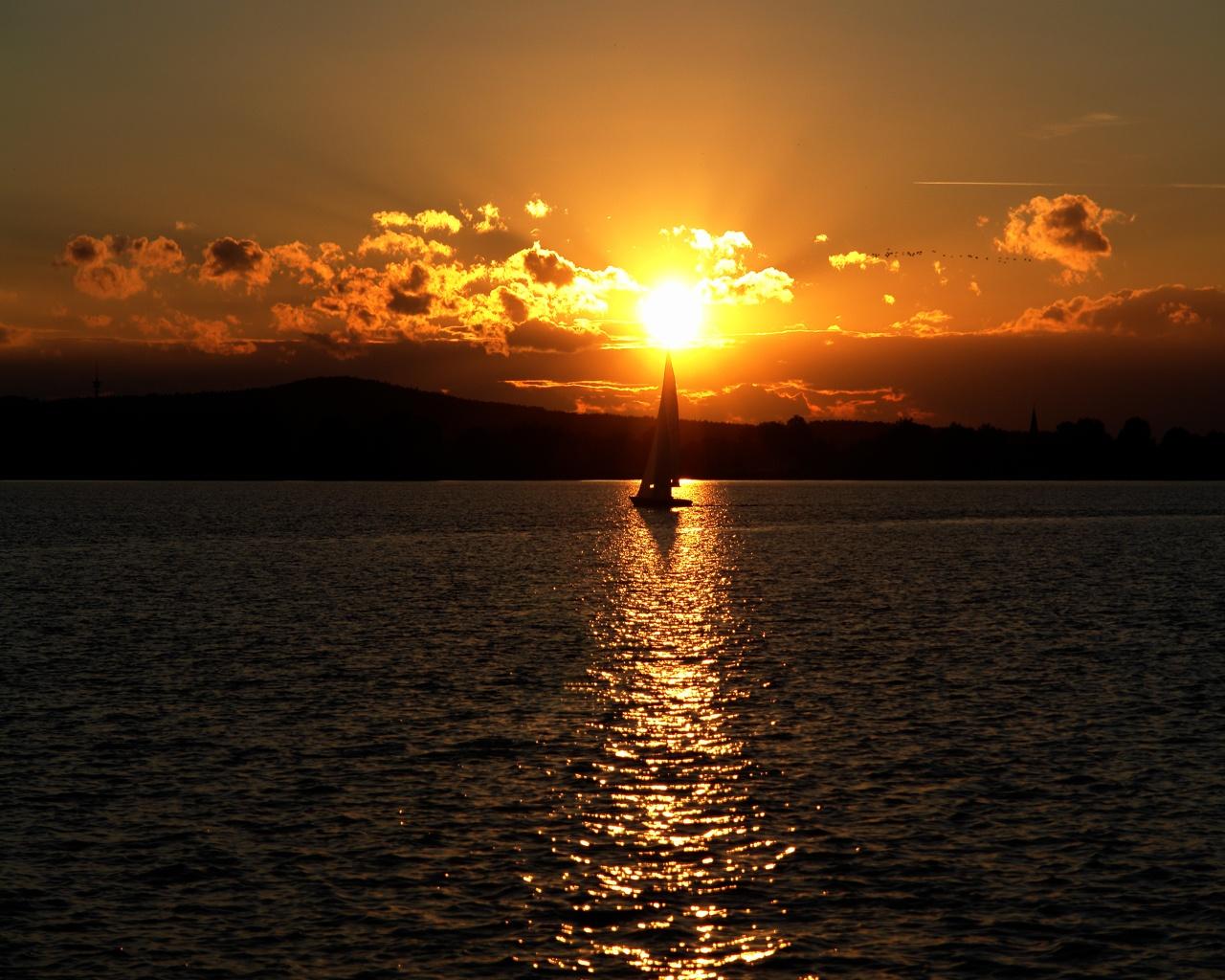 Natural Landscape Pic, the Peaceful Sea, a Sailing Boat ...