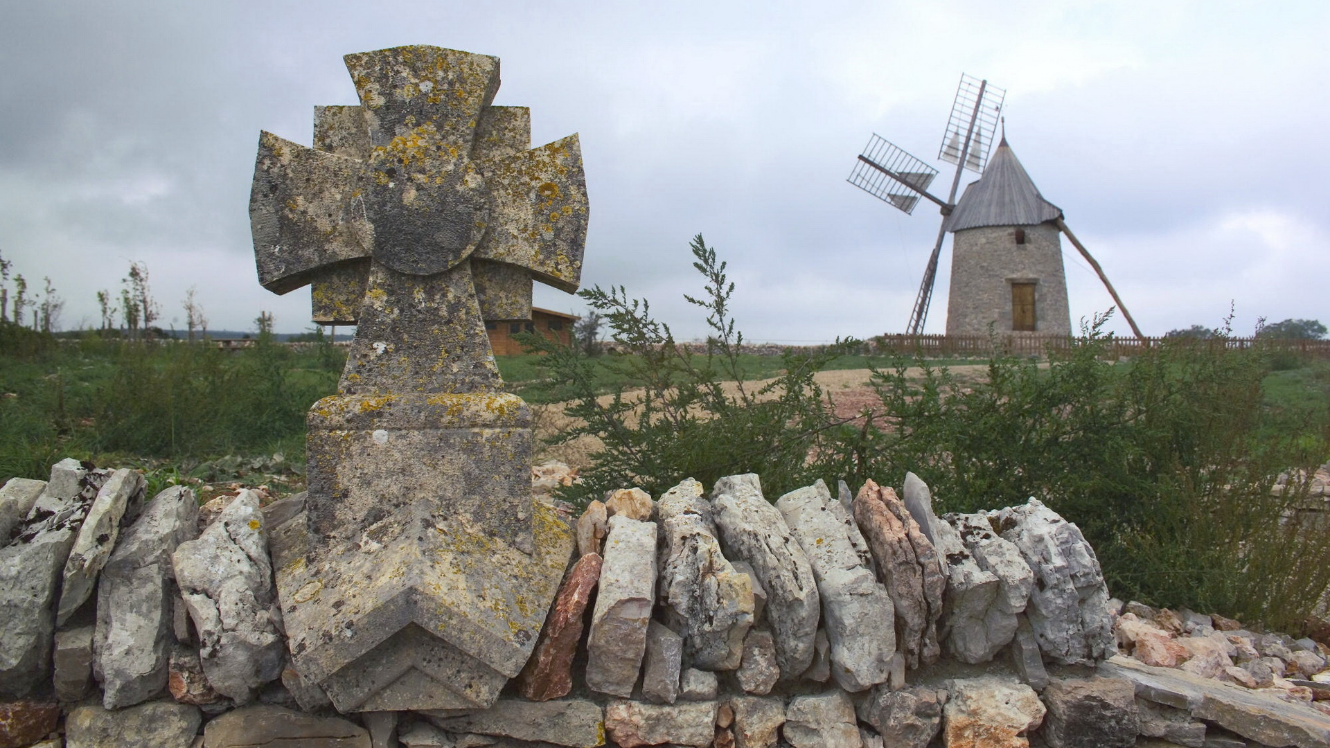 click to free download the wallpaper--Natural Scenery photo - Both House and Stones in Windmill Design, Everything is Fine and Good 1920X1080 free wallpaper download