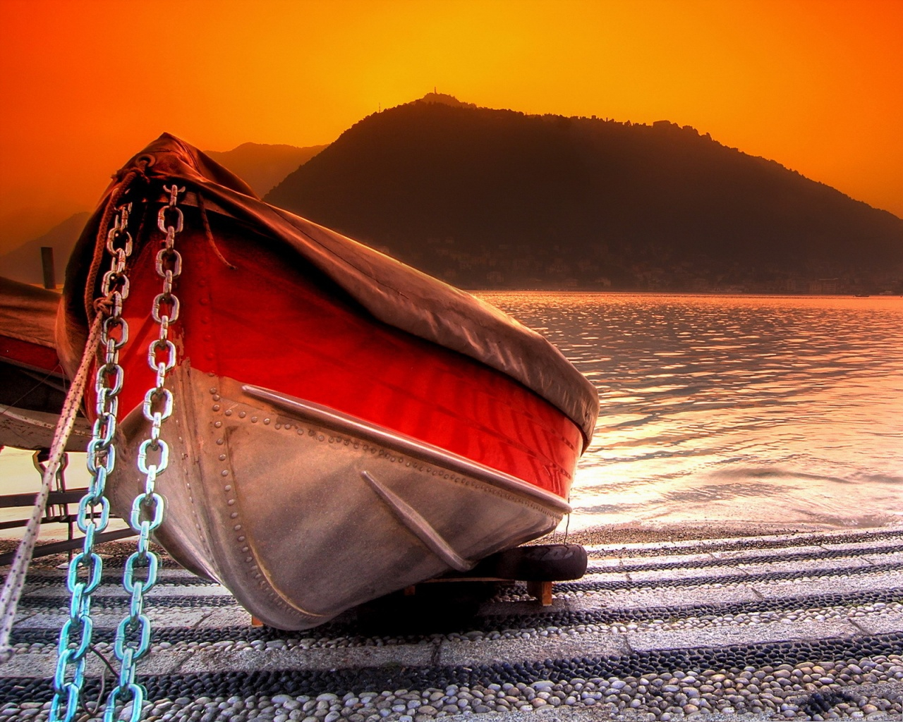 click to free download the wallpaper--Nature Landscape of the Sea, Beautiful Ship Under the Red Sky 1280X1024 free wallpaper download