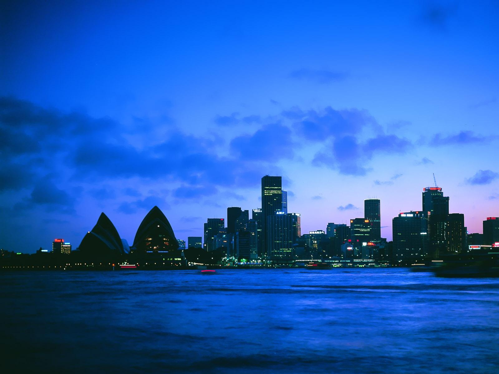 click to free download the wallpaper--Nature Landscape of the World, Sidney at Night, the Blue Sea, Tall Buildings by the Side