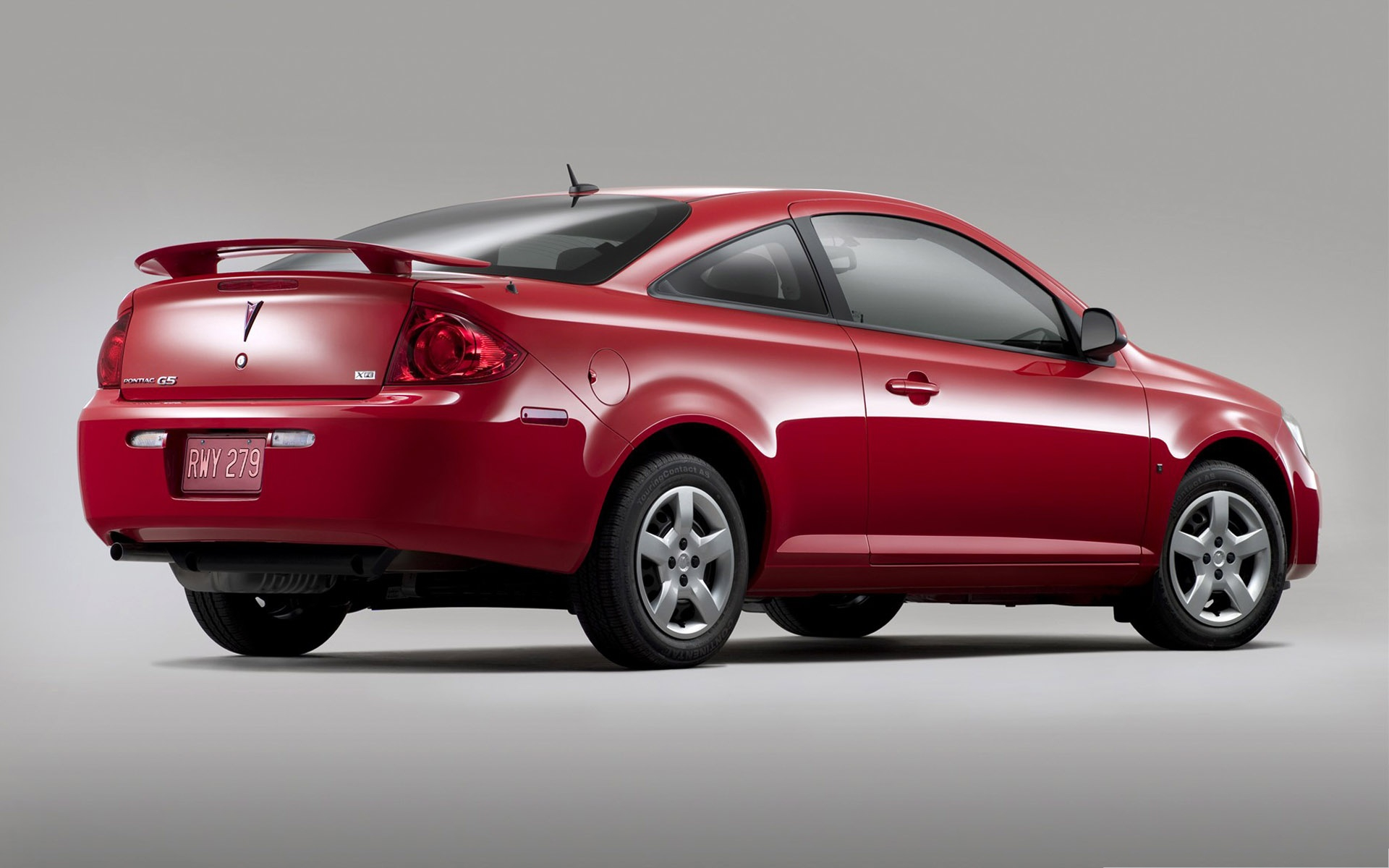 click to free download the wallpaper--Pontiac G5 Car, Red Super Car on Dark Background, Incredible Look 1920X1200 free wallpaper download