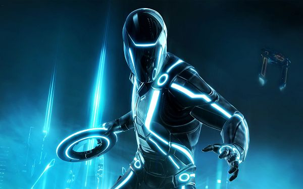 2010 Tron Evolution HD Post in 1920x1200 Pixel, Robot Surrounded by Beautiful and Shinning Light, He Must be Hard to Beat - TV & Movies Post