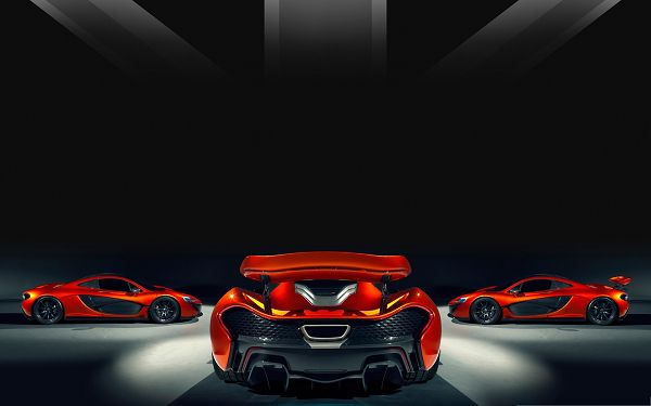 click to free download the wallpaper--2014 McLaren P1 Supercars, Three Cars in a Certain Angle, Magnificent Look