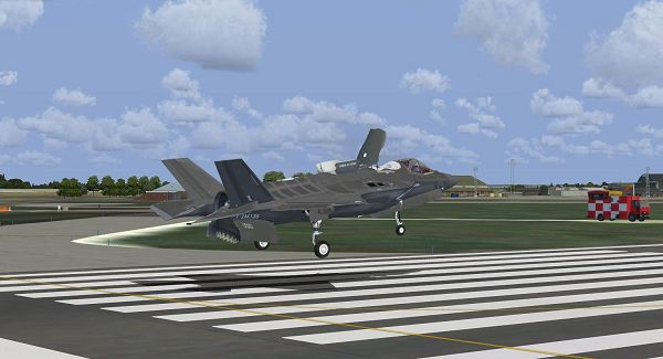 click to free download the wallpaper--Air Show Screenshots, F-35B Lightning II UK ZM135 Taking Off