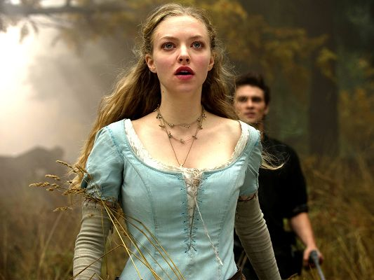 click to free download the wallpaper--Amanda Seyfried Post in Red Riding Hood in 1600x1200 Pixel, the Graceful Lady is Surprised to See Someone, Is it Her Husband - TV & Movies Post