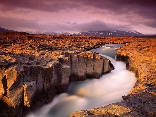 click to free download the wallpaper--Amazing Image of Landscape, Kaldidalur Iceland, It Reminds of Fairyland