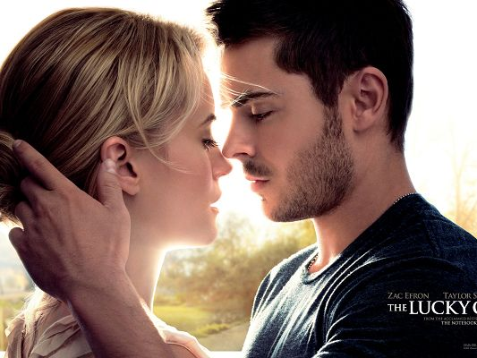 Amazing Image of TV & Movie, the Lucky One, Hero and Heroine Close to Each Other, About to Kiss