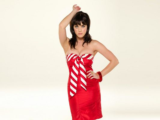 click to free download the wallpaper--Amazing TV Show Pics, Katy Perry in Red Dress, Hello, Big Sisters!