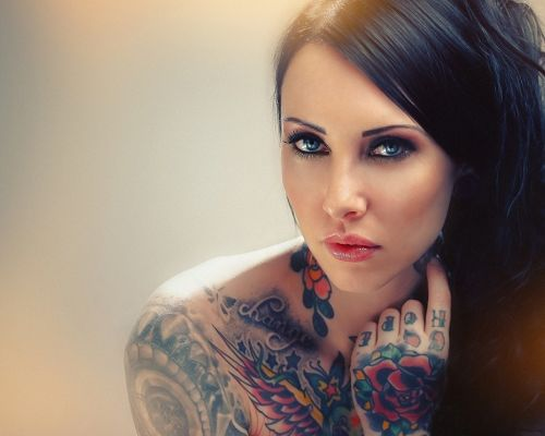 Amazing TV Shows Photo, Blue Eyed Tattooed Brunette, Deep and Beautiful Eyes