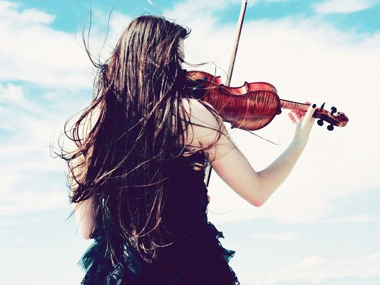 Artistic Girl Pic, Young Lady Playing Violin, Dancing Hair, Great in Look