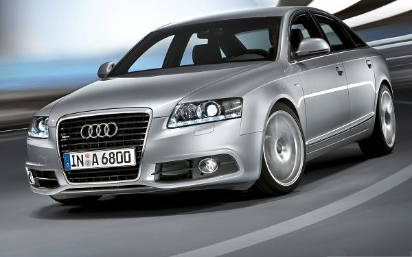 click to free download the wallpaper--Audi Car Background, Top Car in Incredible Speed, Flat and Straight Road