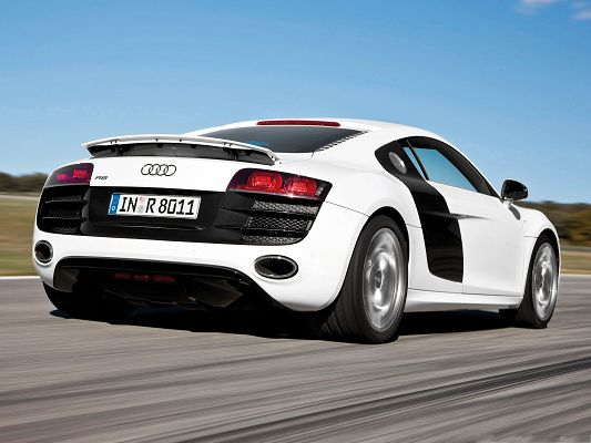 click to free download the wallpaper--Audi R8 as Background, White Super Car in the Run, Flat and Straight Road