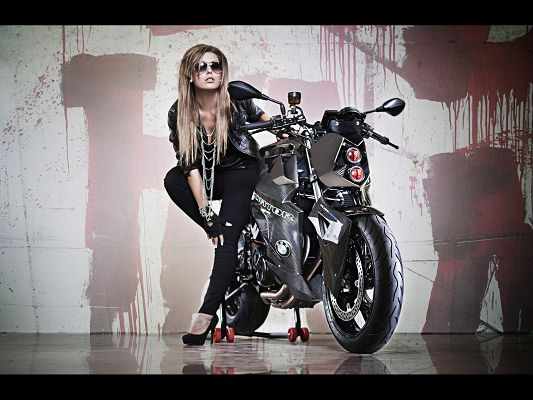click to free download the wallpaper--BMW F800 R Predator Tall and Cool, the Female Driver in the Same Quality, the Top Motorcar Post is a Good Fit