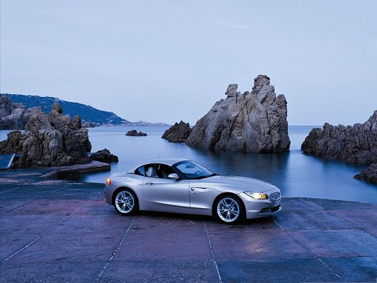 click to free download the wallpaper--BMW Z4 Car as Background, Super Car by Lake's Side, It Says Hello to the New Day