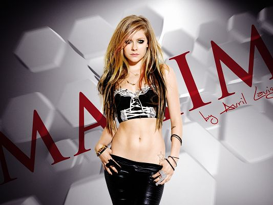 Beautiful Images of Artists, Avril Lavigne in Black Suit, Serious Look, She is Appealing
