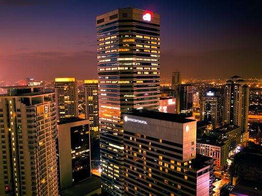 click to free download the wallpaper--Beautiful Images of the World, Night View of Kuala Lumpur, Better Than Daytime