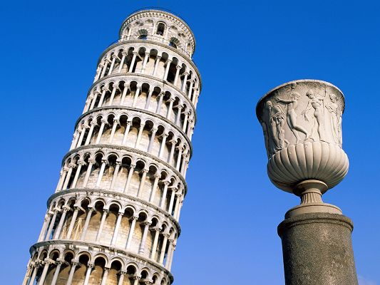 click to free download the wallpaper--Beautiful Landscape of Nature, Leaning Tower Close to Each Other, the Blue Sky