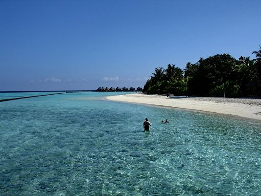 Beautiful Landscape of the World, Komandoo Island, the Scene Can't be More Clear and Better