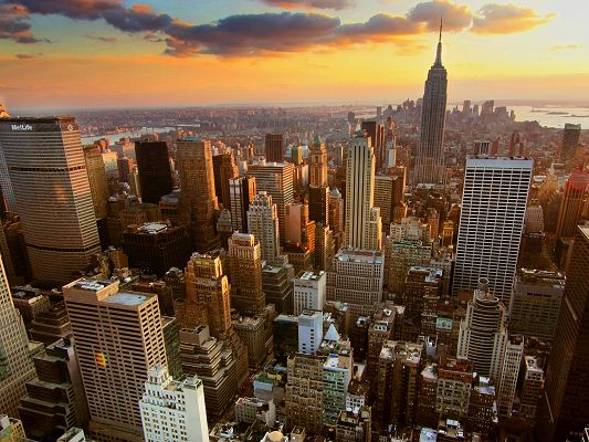 click to free download the wallpaper--Beautiful Landscape of the World, Tall Buildings in New York City, Prosperous Scene