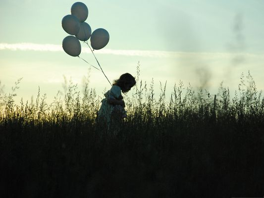 click to free download the wallpaper--Beautiful Little Girl Image, Girl With Balloons, Walk in Green Grass