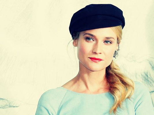 click to free download the wallpaper--Beautiful Pic of TV Shows, Diane Kruger in Black Hat and Red Lips, Blue T-Shirt, Great Look