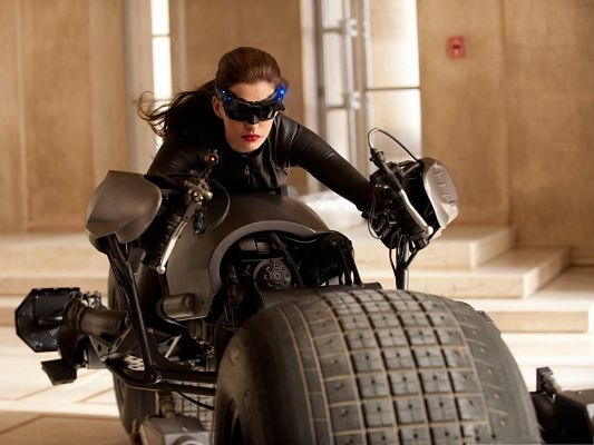 Best Film Posters, The Dark Knight Rises, Anne Hathaway As Catwoman