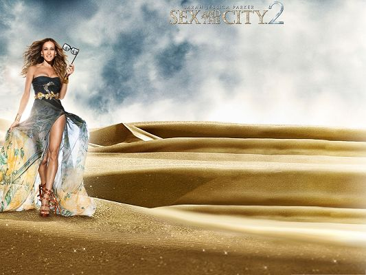 click to free download the wallpaper--Best Movie Posts, Sex And The City, Sarah Jessica Parker Walking on Golden Sand