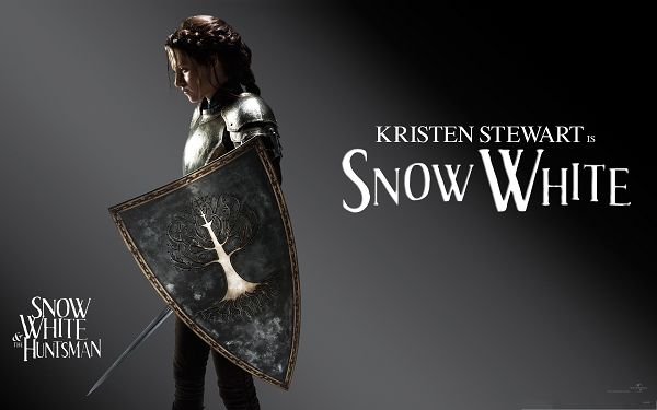 Best Movies Wallpaper, Snow White And The HuntsMan, Kristen Stewart Armed to Teeth
