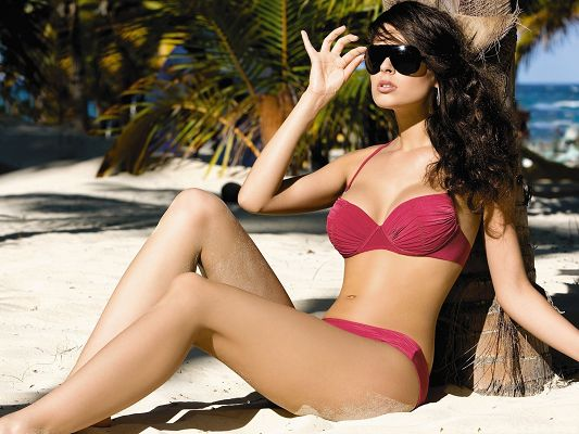 Bikini Girl Wallpaper, Hot Woman by Beach, Fully Exposed to the Sun