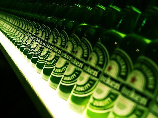Brandy Images, Green Heineken Bottles, White Background, Are Looking Good
