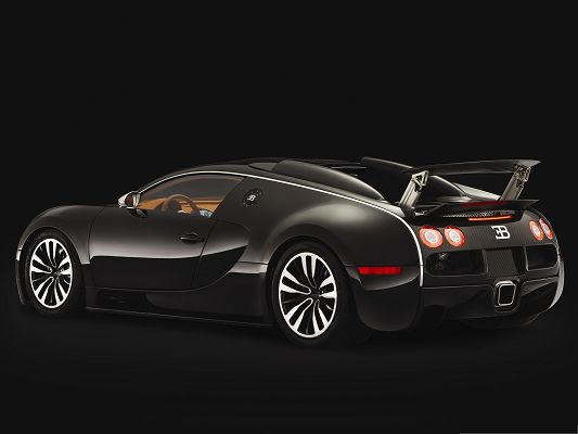 click to free download the wallpaper--Bugatti Super Car as Background, Brown Car in Stop, Put Against Black Background