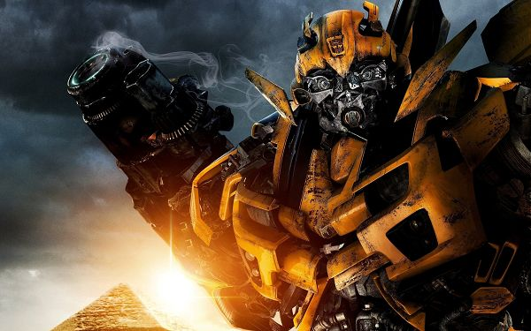click to free download the wallpaper--Bumblebee Post In Transformers 2 in 2560x1600 Pixel, the Naughty and Funny Showing His Unusual Side, Got Surprised? - TV & Movies Post