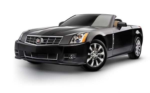 click to free download the wallpaper--Cadillac Car as Background, Black and Decent Car, You Know It is Luxurious