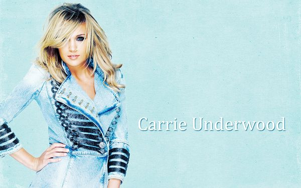 click to free download the wallpaper--Carrie Underwood the Beauty, in Blue Jeans and Blond Hair, She is Pure and Decent