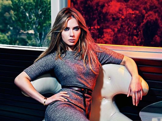 Decent Scarlett Johansson, Graceful Lady on Chair, Sitting on Sofa