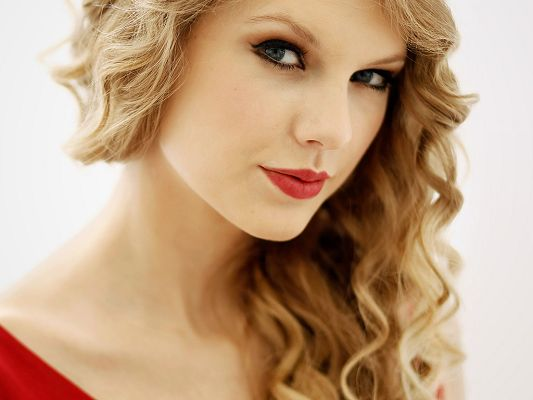 click to free download the wallpaper--Dress and Lip Both in Red, Skin is Snowy White, She is Thus Decent and Graceful like a Princess - HD Taylor Swift Wallpaper