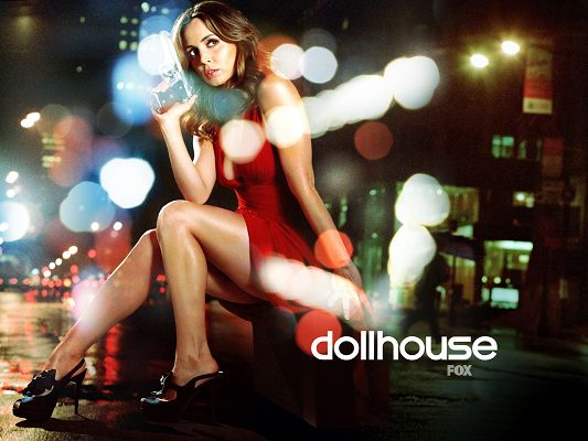 click to free download the wallpaper--Eliza Dushku Post in Dollhouse TV Series Available in 1600x1200 Pixel, Hot Girl Left Alone in Darkness, Better Keep a Distance from Her - TV & Movies Post