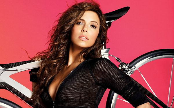 click to free download the wallpaper--Eva Longoria HD Post in Pixel of 1920x1200, Beautiful Lady Carrying a Bike, Follow Her and Take Some Exercise, an Enjoyable Time -  TV & Movies Post