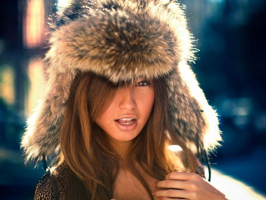 Exotic Lady Image, Blonde Girl in Fur Hat, Impressive Look