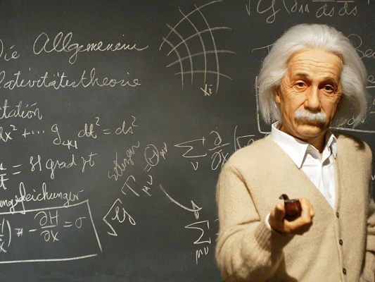 Famouse and Great People Post, Albert Einstein is a Living Presence, He is Smart and Does Much Contribution