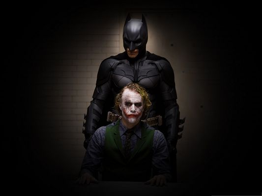 click to free download the wallpaper--Free 3D Movies, Batman And Joker, Hard to Tell Who Wins