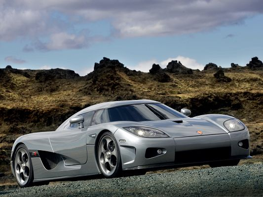 click to free download the wallpaper--Free Cars Wallpaper, Koenigsegg CCX in Front and Side Look