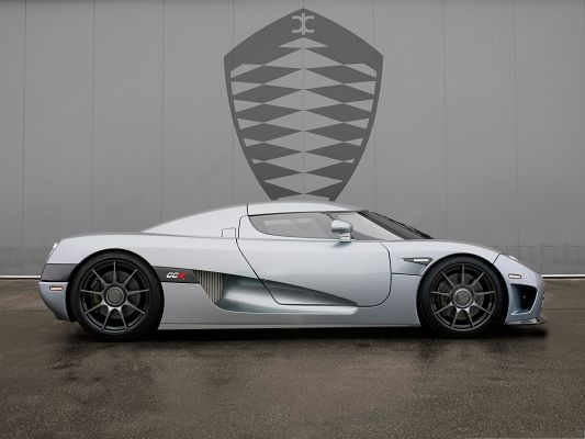 click to free download the wallpaper--Free Cars Wallpaper, Koenigsegg CCX in Side Look, Gray and in Low Profile