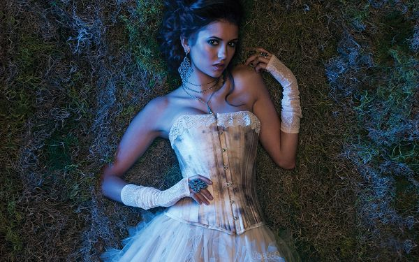 Free Download TV & Movies Post of Nina Dobrev, the Hot and Mysterious Girl Alone At Night, Is She a Real Vampire?