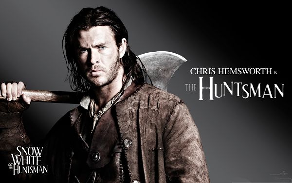 click to free download the wallpaper--Free Movie Poster, Snow White And The HuntsMan, Chris Hemsworth as the Handsome Hunter