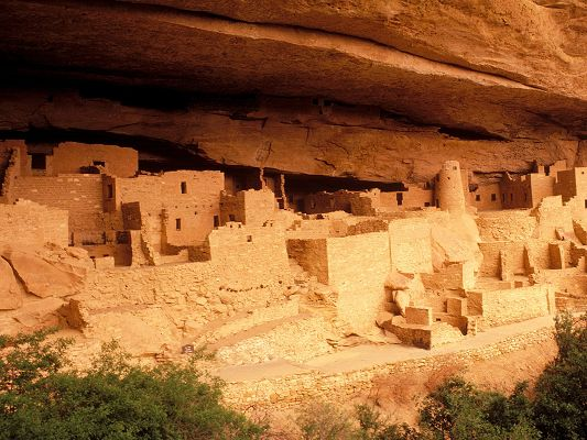 click to free download the wallpaper--Free Scenes of the World, Anasazi Ruins, Protect Them So You Can Enjoy Longer