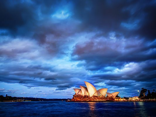 click to free download the wallpaper--Free Wallpaper Backgrounds, Sydney Glows at Sunset, Musical Priority